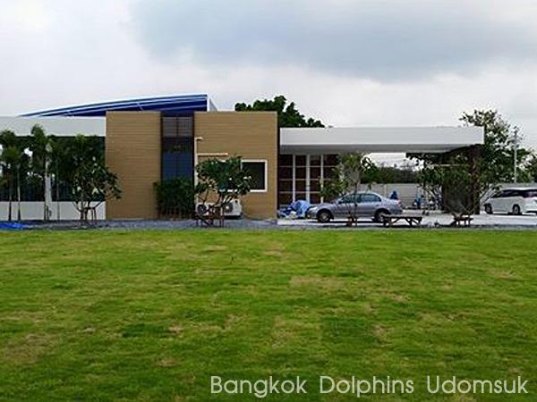 Bangkok_Dolphin_Udomsuk_03